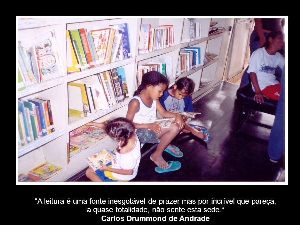 A leitura não é uma atividade elitizada, mas uma ferramenta de transformação social dos indivíduos. Julian Correa