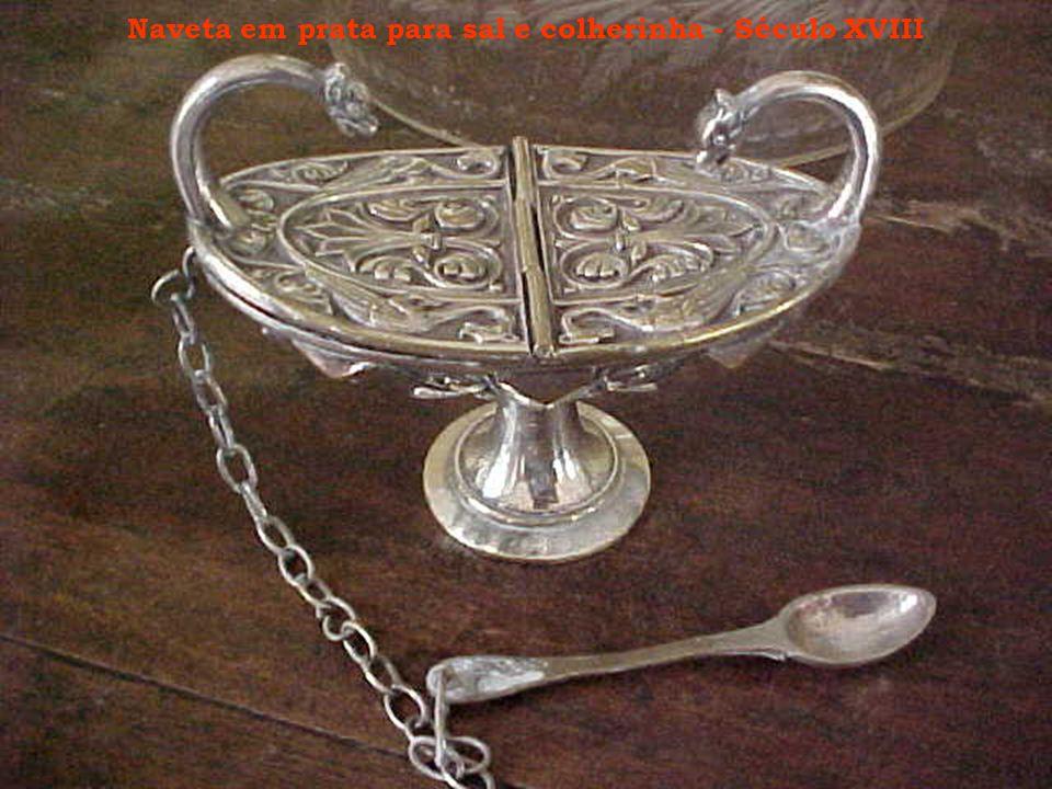 Naveta em prata para sal e colherinha - Século XVIII