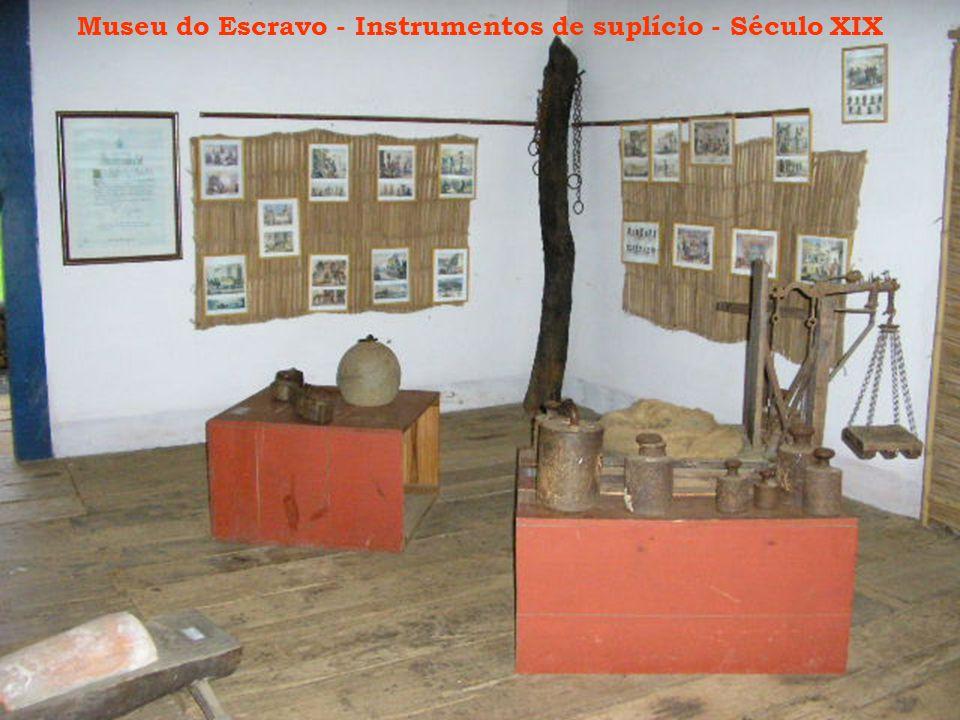 Museu do Escravo - Instrumentos de suplício - Século XIX
