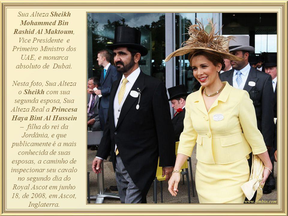 Sua Alteza Sheikh Mohammed Bin Rashid Al Maktoum, Vice Presidente e Primeiro Ministro dos UAE, e monarca absoluto de Dubai.