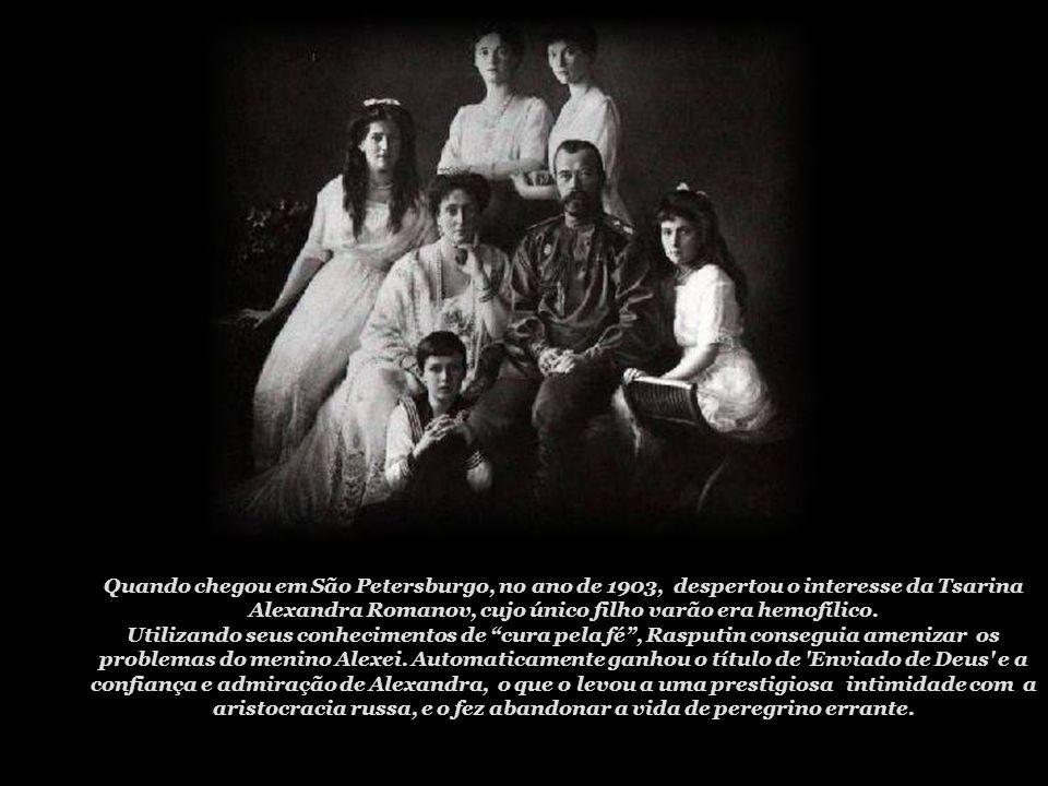 Outros relatos dizem que, quando atingiu a maturidade, Rasputin teria entrado para a misteriosa Seita dos Flagelantes, um controverso grupo que vivia