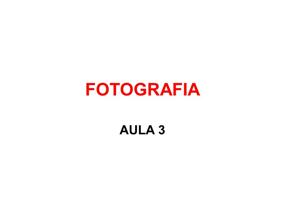 A CÂMERA 1- VISOR 2- BOTÃO DE REGULAGEM DE ISO E VELOCIDADE DE OBTURAÇÃO 3- DISPARADOR 4- ALAVANCA DE TRANSPORTE 5- TRAVA DO DISPARADOR 6- RETARDADOR DO DISPARO 7- ESPELHO 8- RETÍCULA DE FOCALIZAÇÃO (VIDRO DESPOLIDO) 9- PENTAPRISMA 10- ALAVANCA DE REBOBINAGEM 11- SAPATA COM CONTATO DIRETO PARA FLASH
