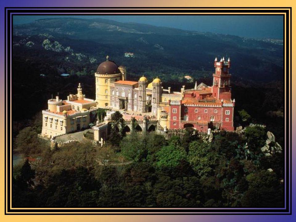 Com o terramoto de 1755, o Mosteiro sofreu graves danos, julgando-se então a sua recuperação como algo quase impossível.