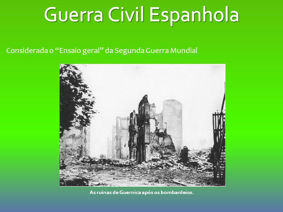 """As ruínas de Guernica após os bombardeios. Considerada o """"Ensaio geral"""" da Segunda Guerra Mundial"""