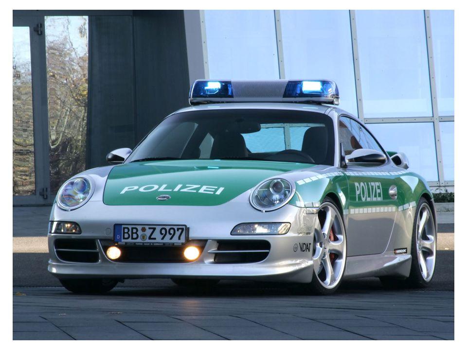 Austria (Porsche - 0-100 em 4 segundos - 290Km/h)