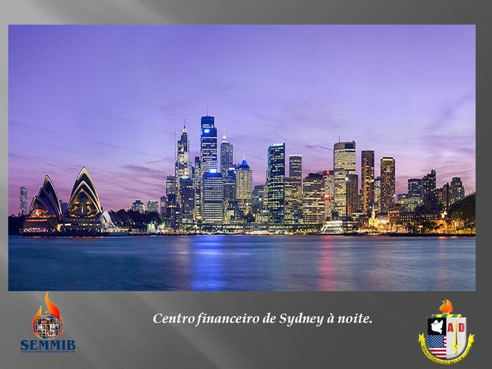 Centro financeiro de Sydney à noite.