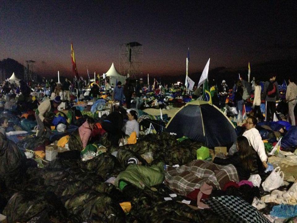 Um acampamento jamais visto......nem em Jamboree ... (acampamento internacional de escuteiros)