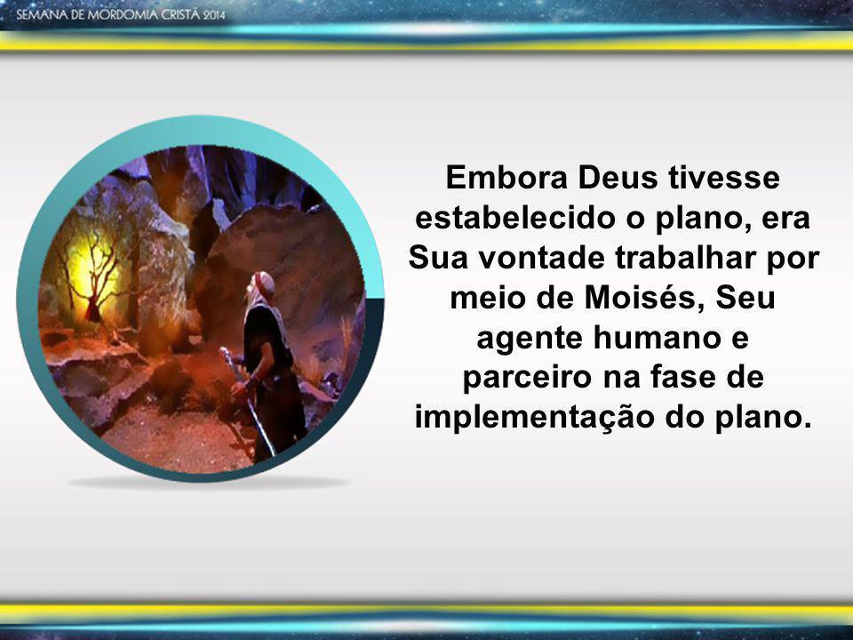 Êxodo 7:20 Fizeram Moisés e Arão como o SENHOR lhes havia ordenado: Arão, levantando o bordão, feriu as águas que estavam no rio, à vista de Faraó e seus oficiais; e toda a água do rio se tornou em sangue .