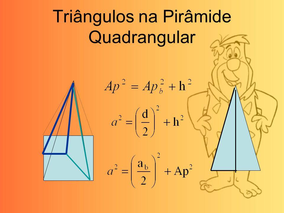 Triângulos na Pirâmide Quadrangular