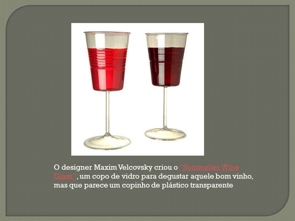 """O designer Maxim Velcovsky criou o """"Sommelier Wine Glass"""", um copo de vidro para degustar aquele bom vinho, mas que parece um copinho de plástico tran"""