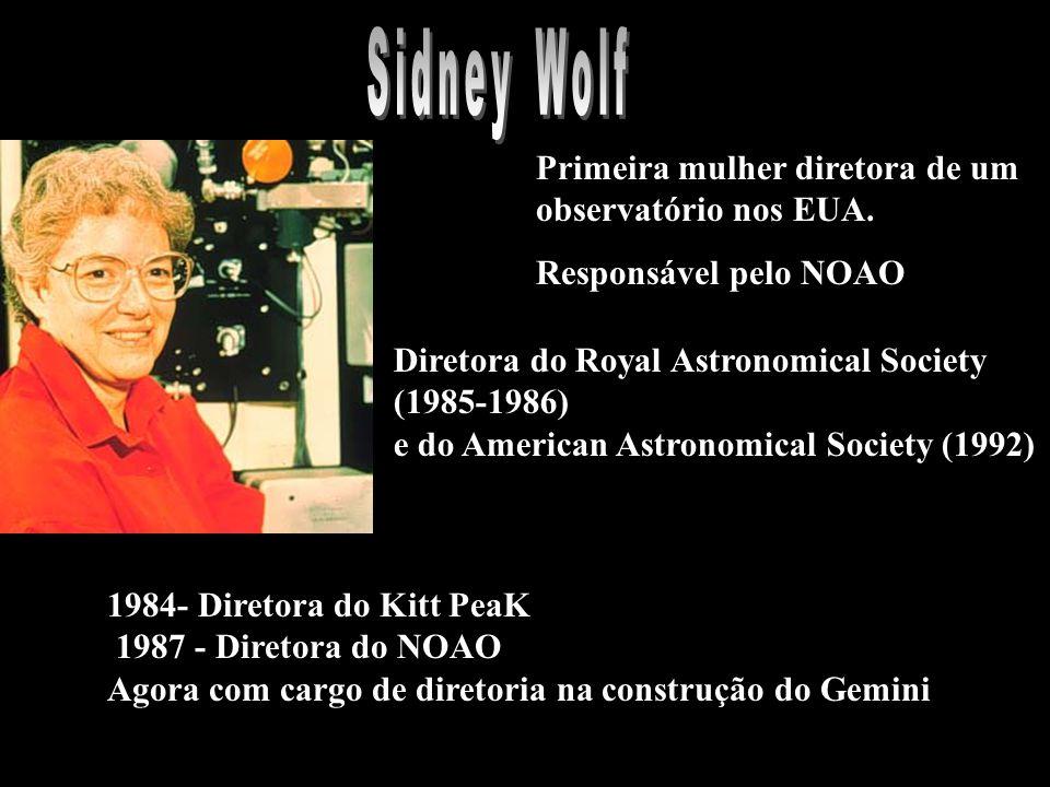 Primeira mulher diretora de um observatório nos EUA.