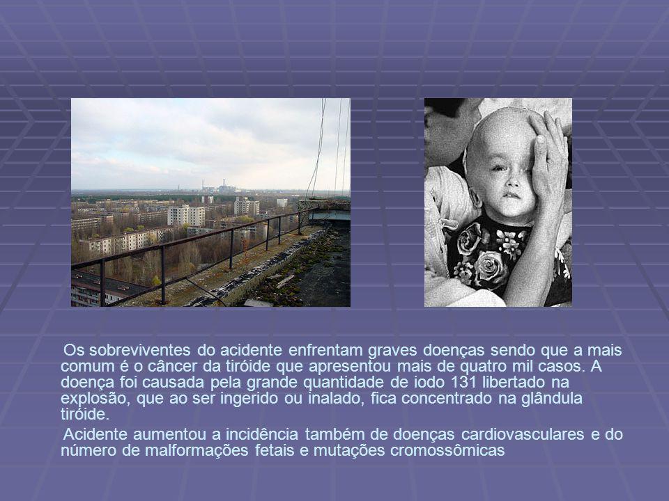 Vila abandonada nos arredores do acidente. Homenagem aos mortos no acidente