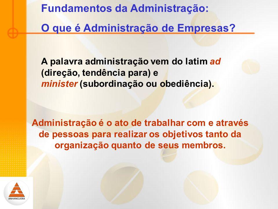 A palavra administração vem do latim ad (direção, tendência para) e minister (subordinação ou obediência).