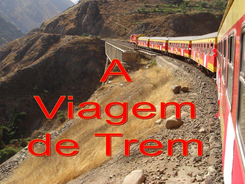 E no trem há, também, outras que passam de vagão em vagão, prontas para ajudar quem precisa.