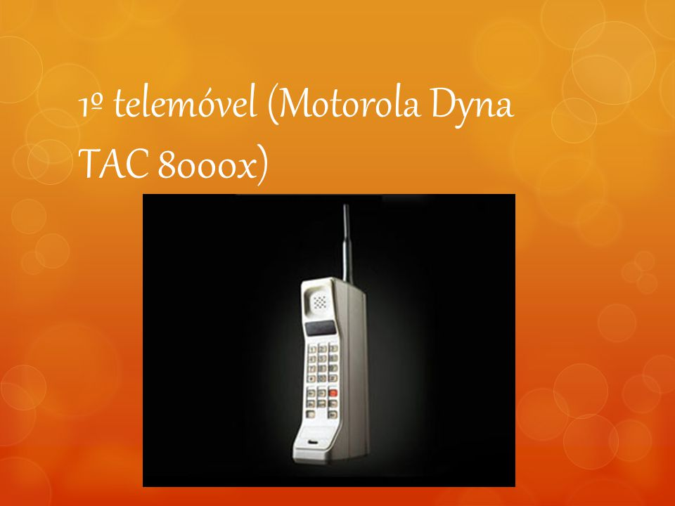 1º telemóvel (Motorola Dyna TAC 8000x)