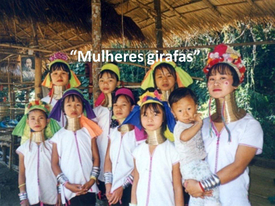o Nome que se dá às mulheres de uma região da Tailândia, no continente asiático, que usam uma espiral de cobre em volta do pescoço.