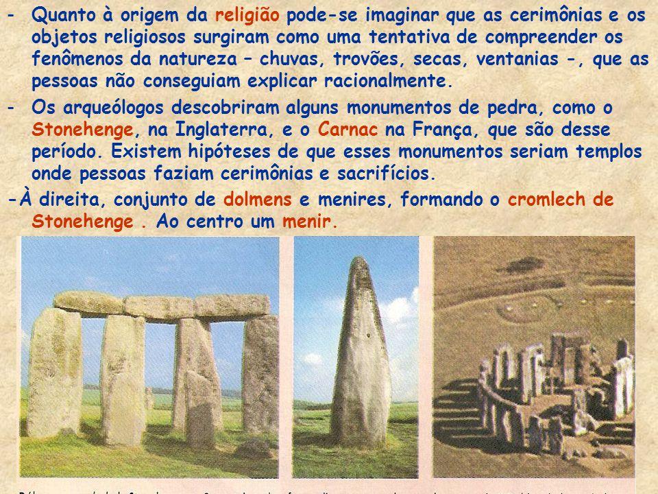 -As antigas cabanas, feitas com ossos, pele de animais e folhas, foram substituídas por moradias de barro e madeira ou pedra. Na foto, interior de uma