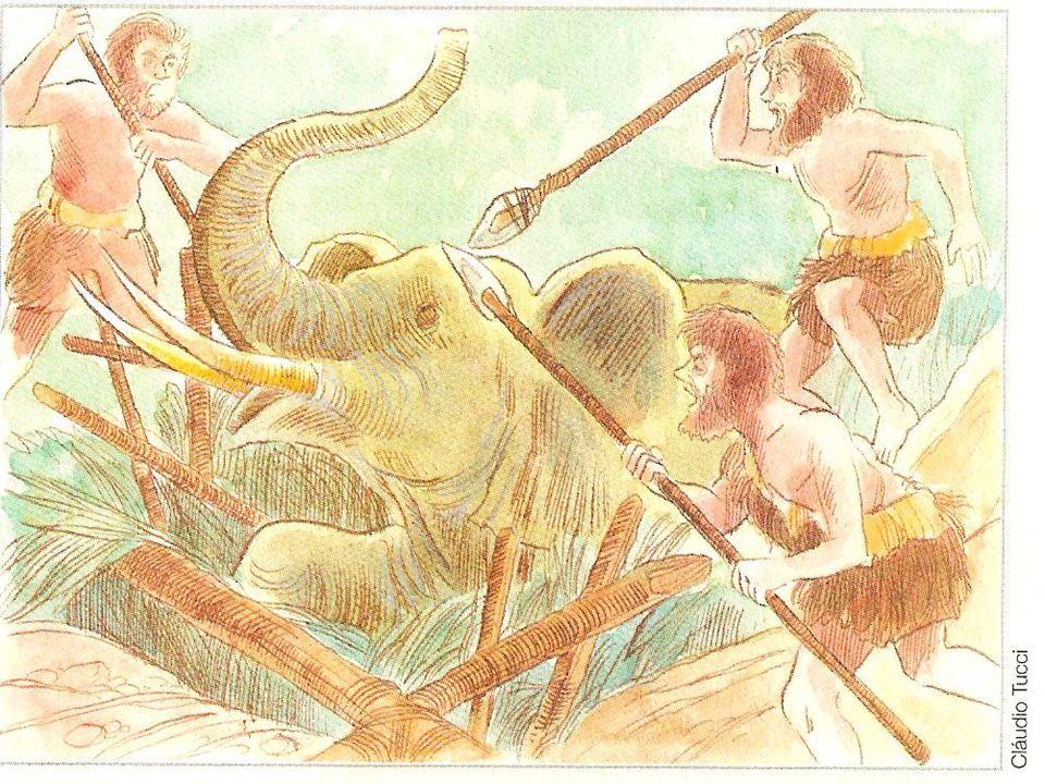 -Os homens do Paleolítico caçavam animais grandes, como os mamutes e os cangurus gigantes, e outros menores, como a gazela. -Às vezes os caçadores dis
