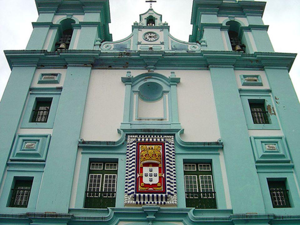 A admirável Igreja da Misericórdia em Angra do Heroísmo.