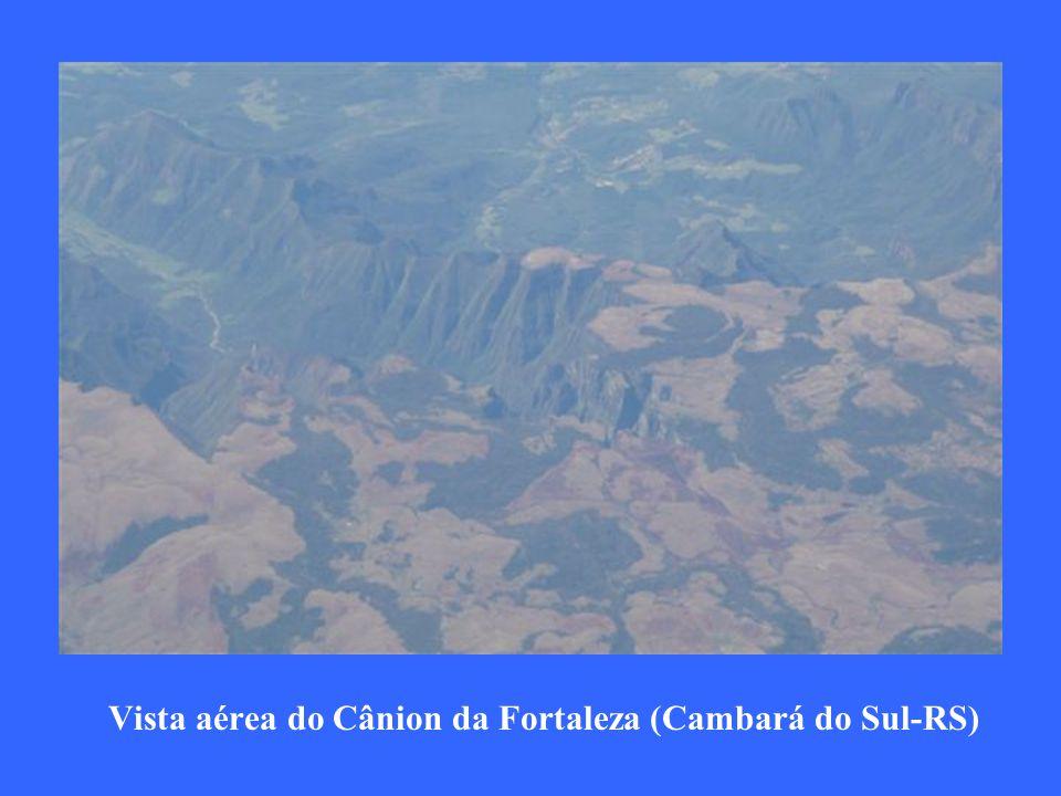 Vista áerea das praias de Itapema e Camboriu-SC