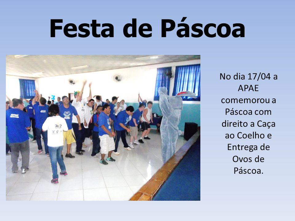 Festa de Páscoa No dia 17/04 a APAE comemorou a Páscoa com direito a Caça ao Coelho e Entrega de Ovos de Páscoa.