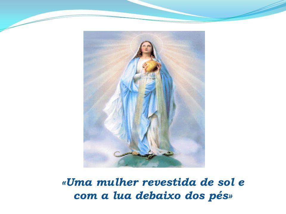 Da tua beleza se enamora o Rei; Ele é o teu Senhor, presta-Lhe homenagem.