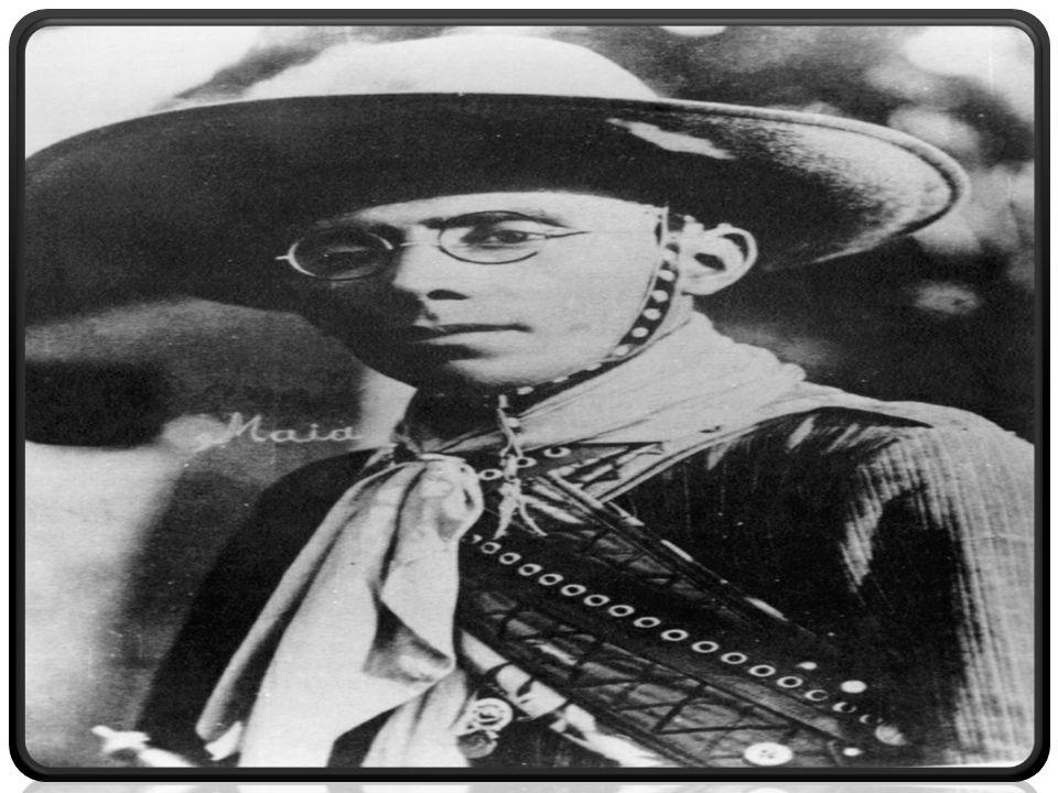  Virgolino Ferreira era o terceiro dos muitos filhos de José Ferreira da Silva e de Maria Lopes, ao total são 9 filhos.