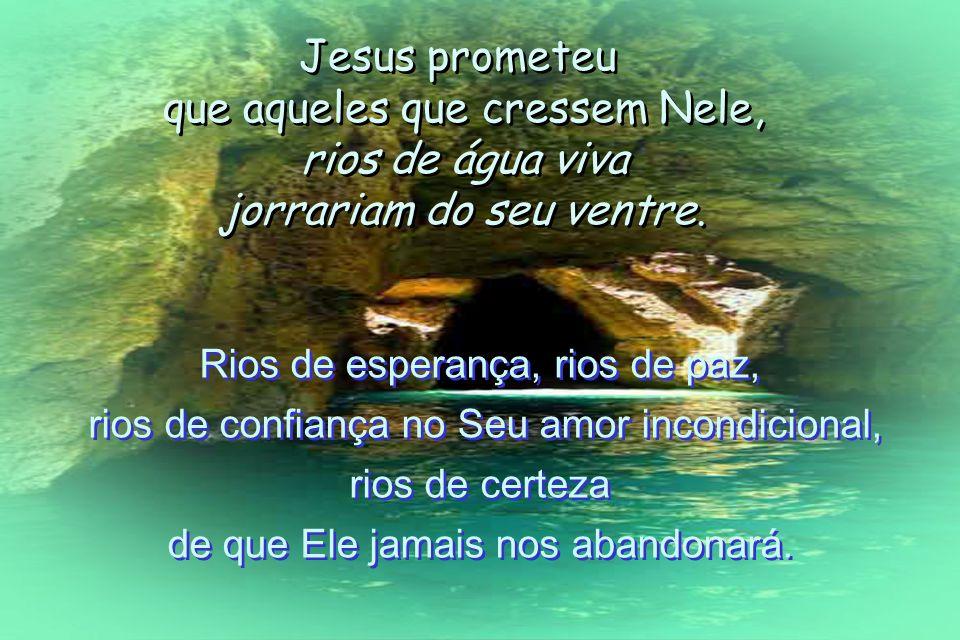 Quanta beleza nos envolve, meu irmão, minha irmã! No momento do nosso Batismo Deus – Nosso Pai – envia o Espírito Santo e no nosso interior abre-se a