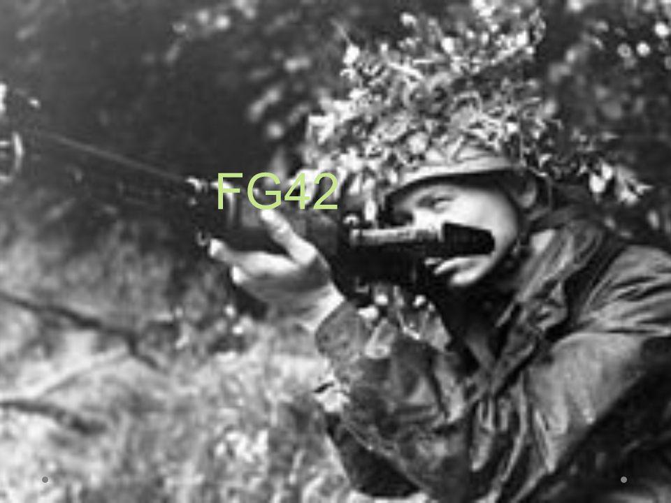 O Fallschirmjägergewehr 42 (FG42) é um fuzil de fogo seletivo, produzido pela Alemanha durante a Segunda Guerra Mundial