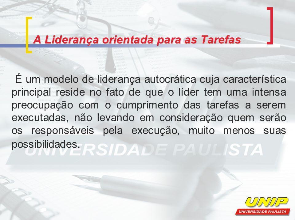 A Liderança orientada para as Tarefas Considerada uma vertente da Teoria Clássica da Administração está altamente ligada à mecanização do trabalho, através do seguimento de normas e estatutos organizacionais.