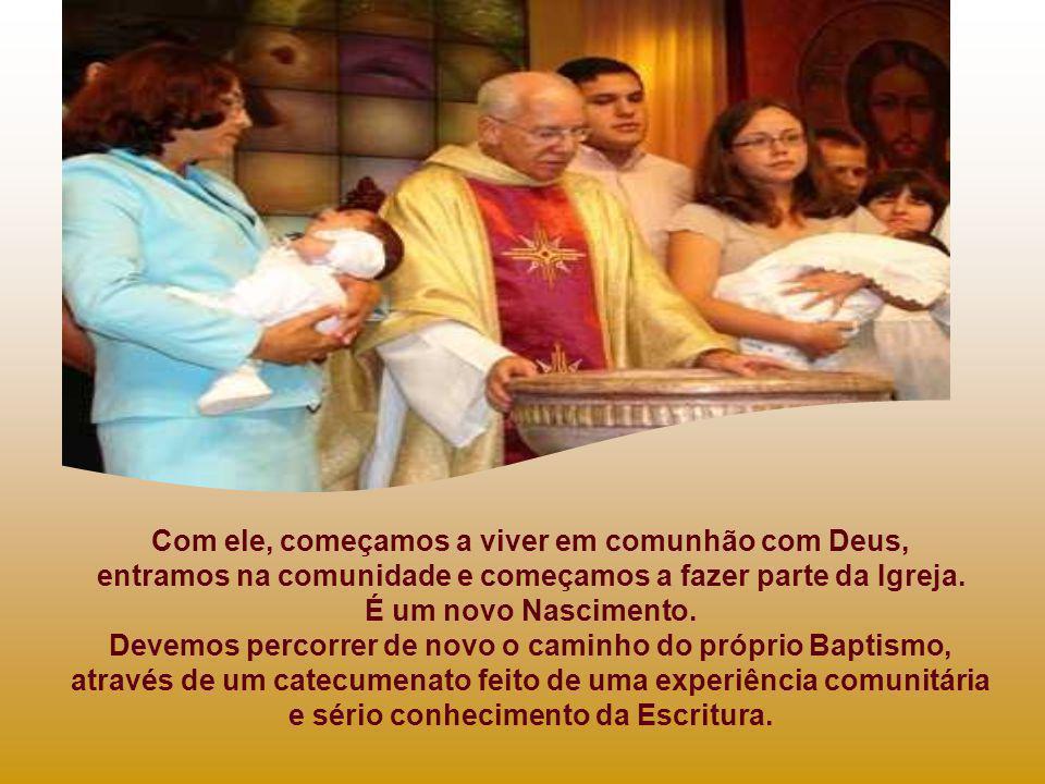 O Baptismo de Jesus é momento favorável para pensar e reflectir sobre o nosso Baptismo e os nossos compromissos cristãos. A Palavra de Deus de hoje co