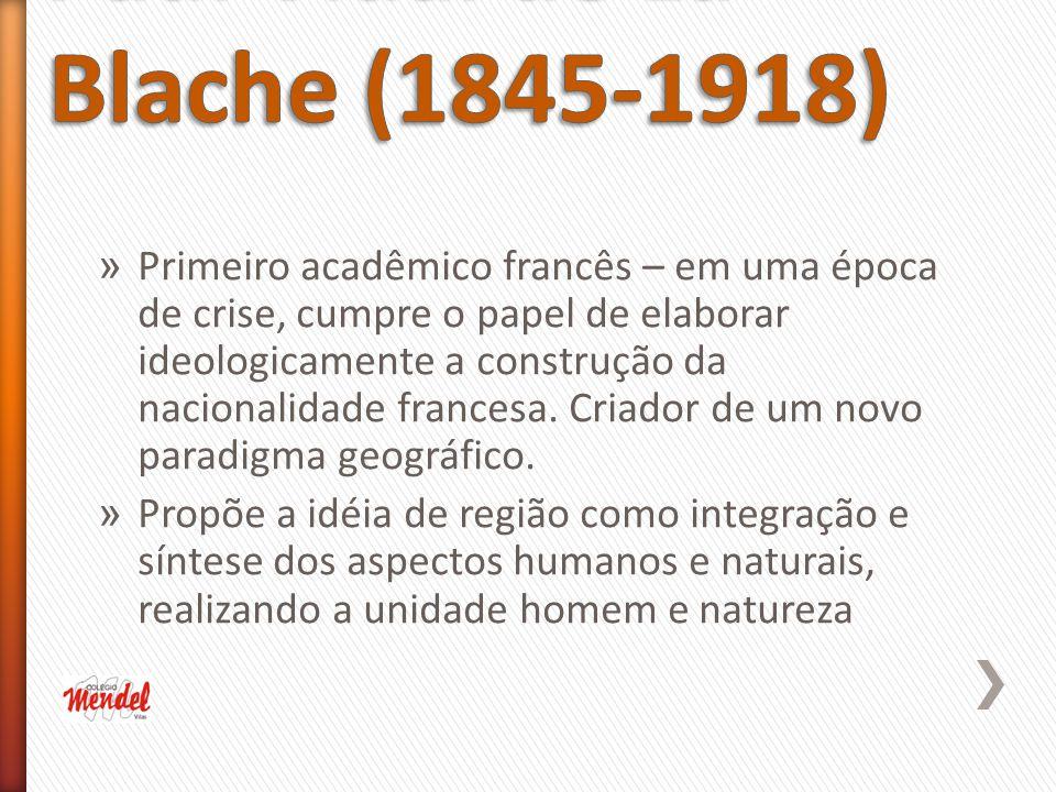 » Primeiro acadêmico francês – em uma época de crise, cumpre o papel de elaborar ideologicamente a construção da nacionalidade francesa.