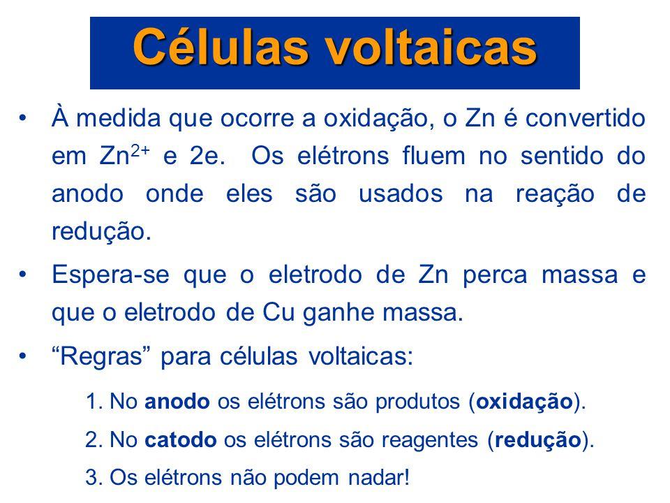 A energia liberada em uma reação de oxi-redução espontânea é usada para executar trabalho elétrico. Céluas voltaicas ou galvânicas são aparelhos nos q