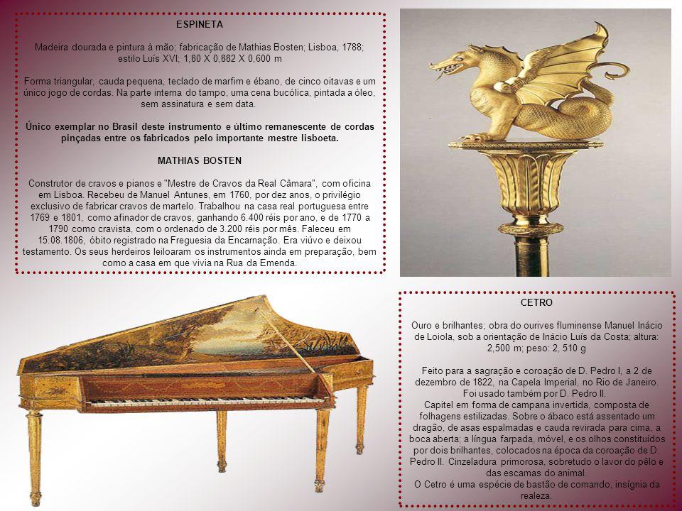 SALA DO PIANO DA IMPERATRIZ Piano de fabricação norte- americana de Chickering & Sons, presente dos fabricantes à Imperatriz Teresa Cristina. No ofíci