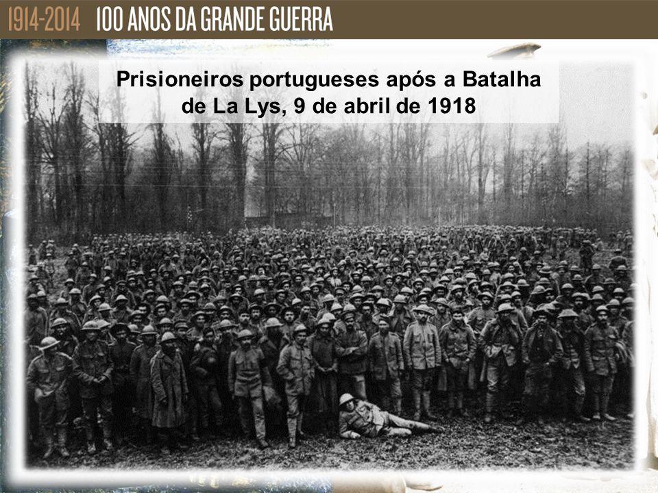 Prisioneiros portugueses após a Batalha de La Lys, 9 de abril de 1918