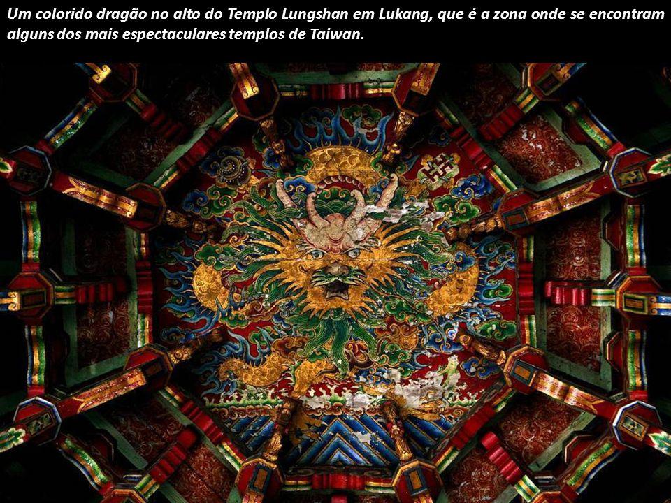 Uma mandala representando o universo, entre os seus muitos significados, num templo no Nepal.