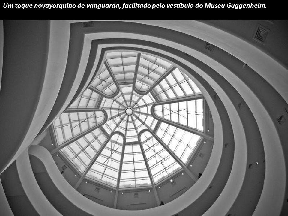 Em Barcelona podes ficar sob o feitiço deste magnético torvelinho modernista da Casa Batlló