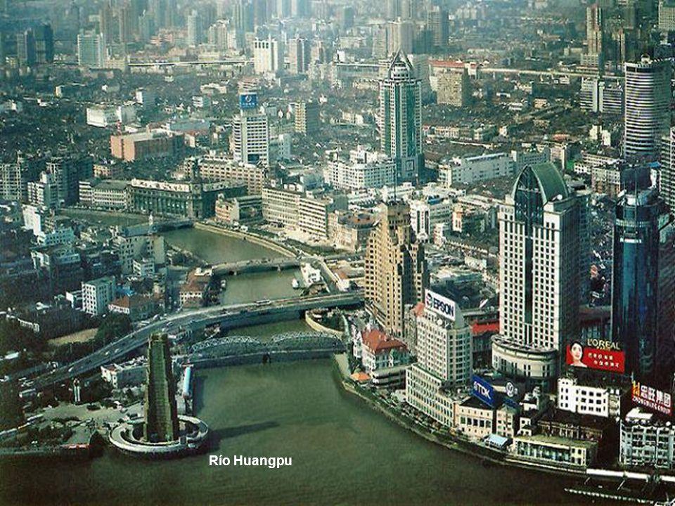 Projeto para expo mundial Shangai 2010 Este singular edifício que a seguir veremos, por enquanto não está aprovado, se converteria sem dúvida num símbolo da expo 2010, e um icóne mais da cidade de Shanghai no mundo.