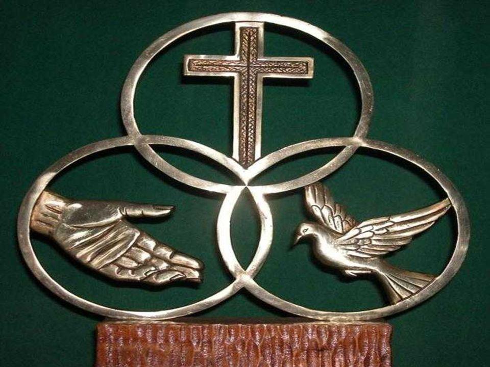 * O Antigo Testamento não conhecia o Mistério da Trindade. Nessa etapa, aparece a UNICIDADE e a ESPIRITUALIDADE de Deus, assim como os atributos de ON