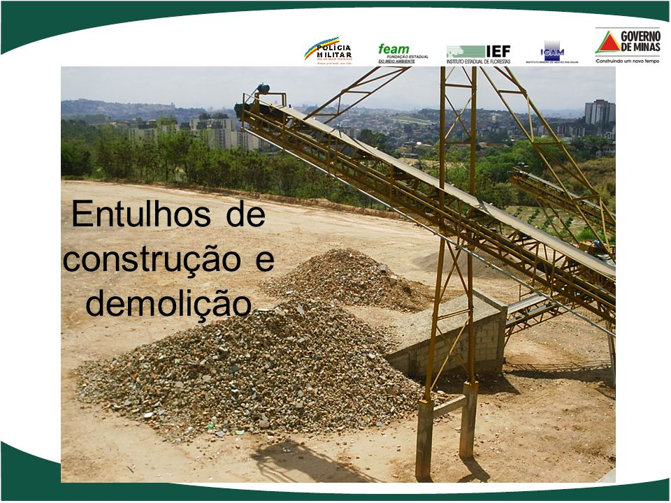 Entulhos de construção e demolição
