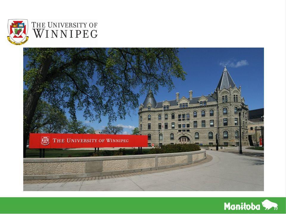 VISÃO GERAL Localizada em Winnipeg, capital de Manitoba A UW é um campus urbano localizado no centro da cidade, próximo ao Prédio Legislativo de Manitoba Mais de 10,000 alunos matriculados Mais de 11% desses são alunos internacionais vindos de mais de 60 países UW consta no top 15 de universidades canadenses, cujo foco principal é a graduação UW é focada na comunidade e especializada no Desenvolvimento Sustentável O Programa de Inglês da UW fornece testes para CanTest e TOEIC, programas intensivos de inglês de 14 semanas, acampamentos de verão, e inglês para fins acadêmicos O Escritório de Alunos Internacionais da UW ajuda os alunos com acomodações e serviços estudantis A UW possui opções para casas de família e uma residência estudantil no campus recém- construída
