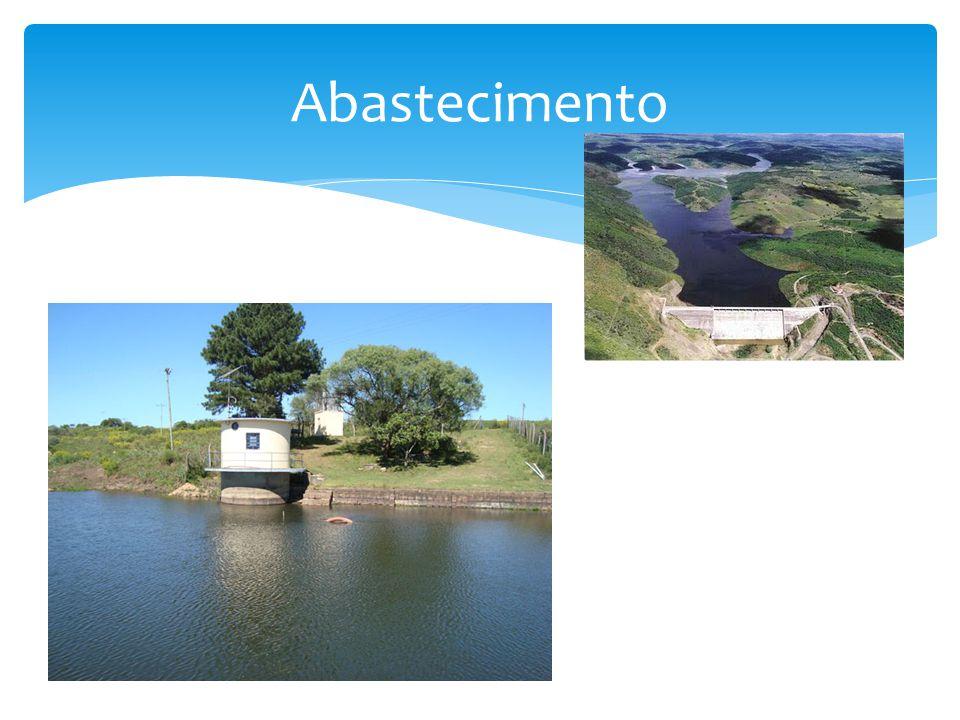 Cota: 15 m Área inundada: 16.353 ha Volume: 594 Hm 3