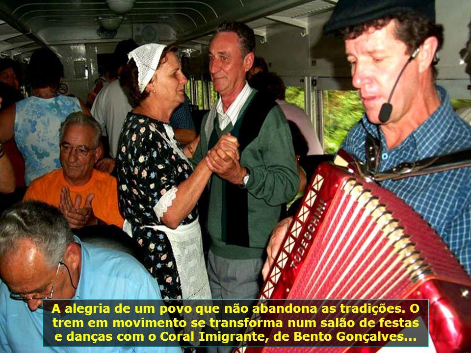 Mas a região reserva, também, outros prazeres, outros encantos, como o passeio de Maria Fumaça, de Bento Gonçalves a Carlos Barbosa, passando por Gari